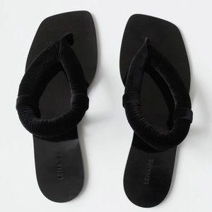 NWOB Lemaire velvet thong wadded sandals